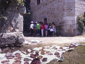 velaisca-proxectos-educativos-obradoiros-creativos-etnoloxia-arqueoloxia-1
